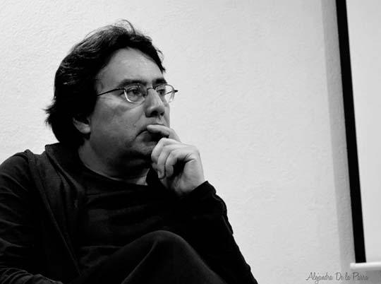 Reseña del libro Más allá de la bruma de Álvaro Mata Guillé