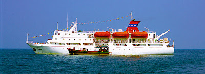 Ship passage to Yangon with the big steamer