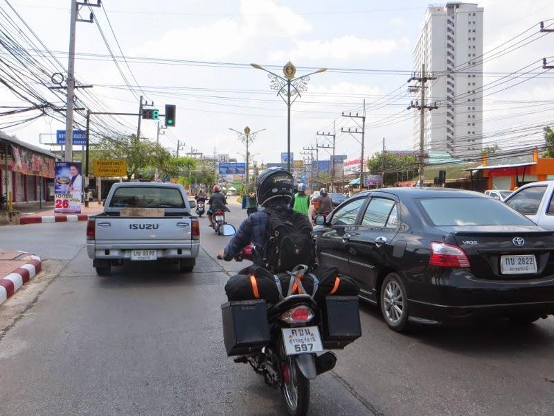Мототурист на скутере в Таиланде