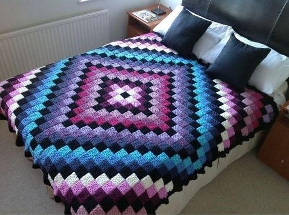 Crochet Bedspread free tutorial