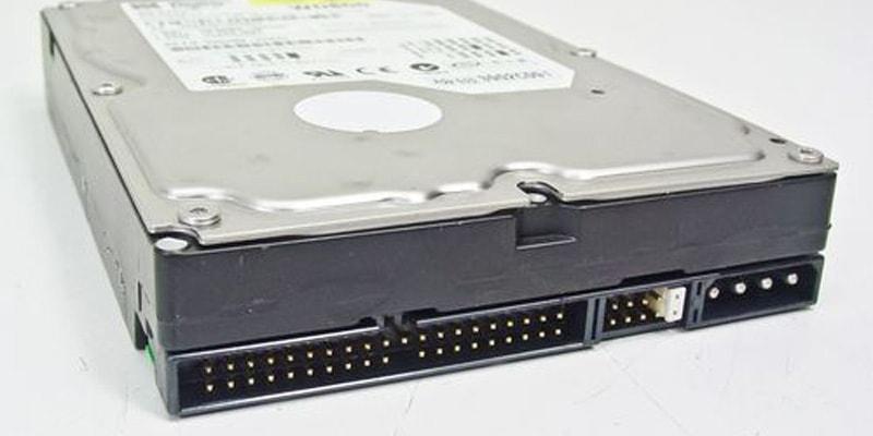 Konektor harddisk IDE