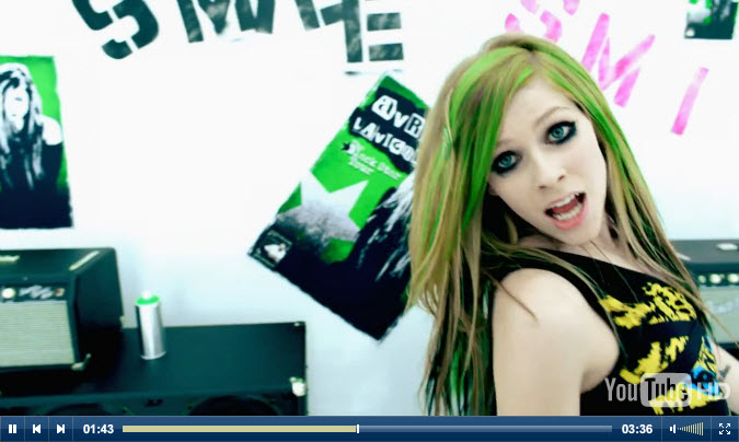 youtube music videos for Smile by Avril Lavigne