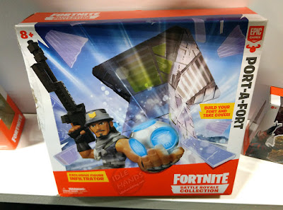 Toy Fair 2019 MOOSE Toys Fortnite Battle Royale Collection Port-A-Fort