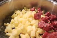 Grünkohleintopf Kartoffeln und Rinderknacker