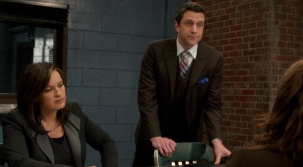All Things Law And Order Law Order Svu Undercover Mother Recap