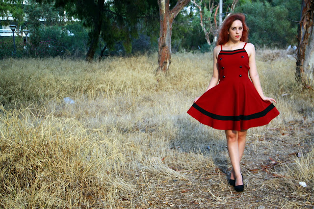 Redhead, spotlights on the redhead, clothes, Anna Keni, Anna, fashion, blogger, fashion blogger, review, red, dress, voodoo, vixen, voodoo vixen, model, hot