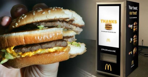 McDonald's não está demitindo caixas para instalar robôs - A verdade