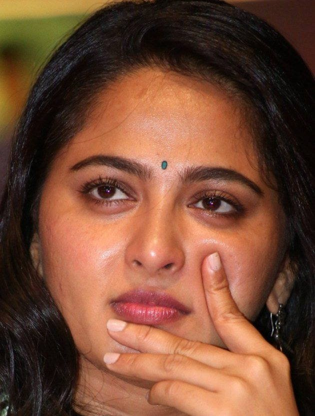 Actress AnushkaShetty Latest HD Images