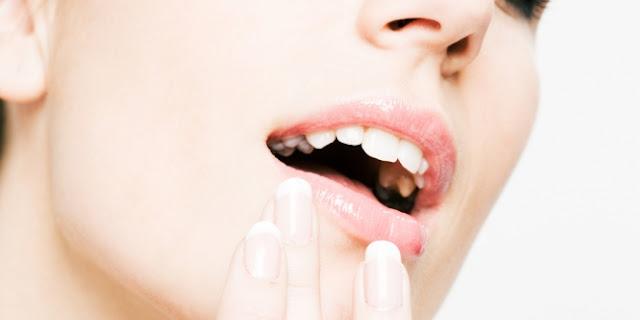 Kepribadian Perempuan di Balik Bentuk Bibir