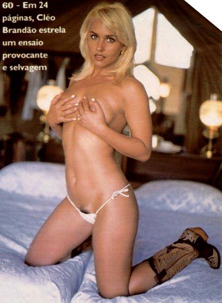 Cleo Brandao pelada
