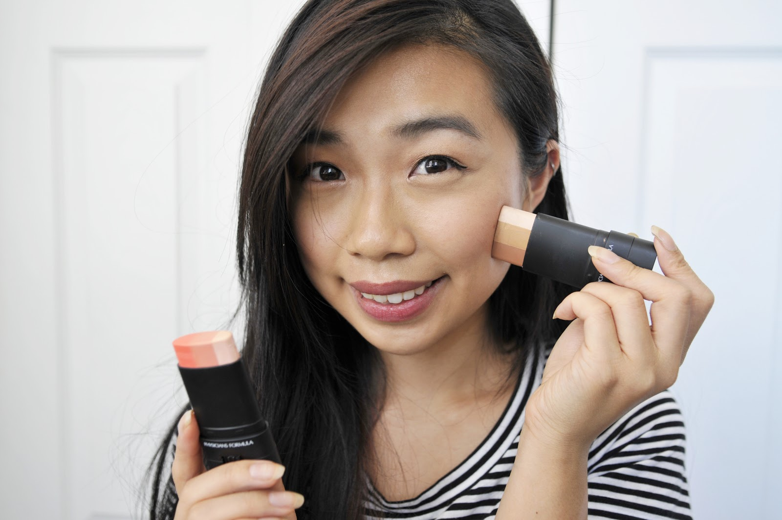Both The Bronzer And Blush Are Housed In A Twistup Deodorantesque Stick For  Some, It How To Use Highlighter On Black Skin