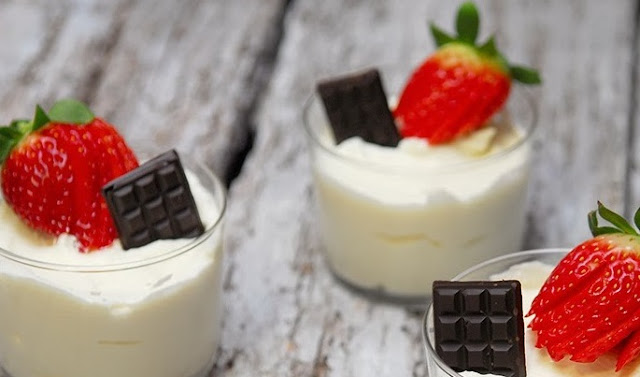Mousse de chocolate blanco