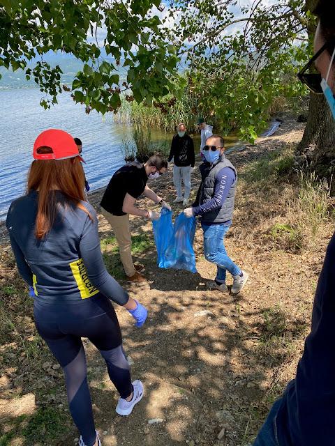 Γιάννενα: Η ΟΝΝΕΔ Ιωαννίνων καθάρισε την περιοχή του Παραλιμνίου
