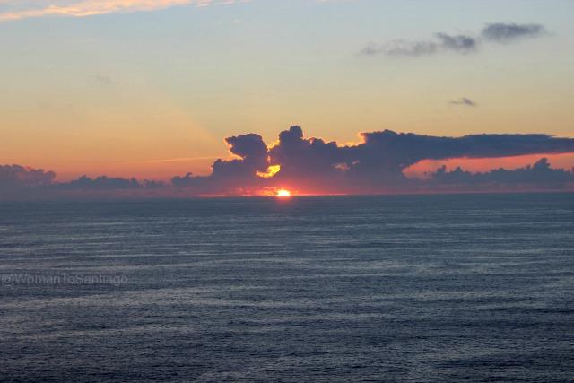 foto de puesta de sol en fisterra