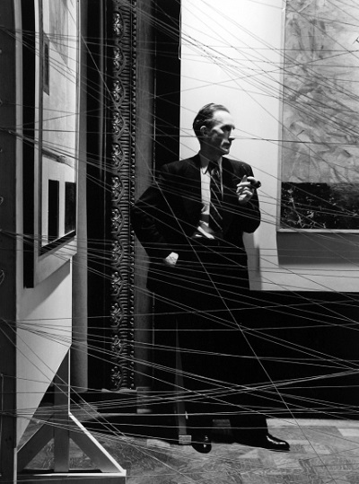 Marcel Duchamp, NYC, 1942 foto por Arnold Newman | imagenes bellas, retratos vintage, cool stuff, pictures, pics, photos