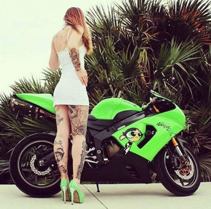 Mulher em moto, Gostosas Tatuada, Woman,Sexy , tatuaje, tatuagem,tattoo,tatoué, tatouage, bike,Motorcycle, sexy on bike, sexy on motorcycle, babes on bike,ragazza in moto,donna calda in moto, femme chaude sur la moto, mujer caliente en motocicleta, chica en moto, heiße Frau auf dem Motorrad,Женщина, сексуальная, мотоциклы, сексуальные, бикини
