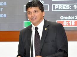 Conheça a trajetória política do candidato Marcos Caldas 14.123