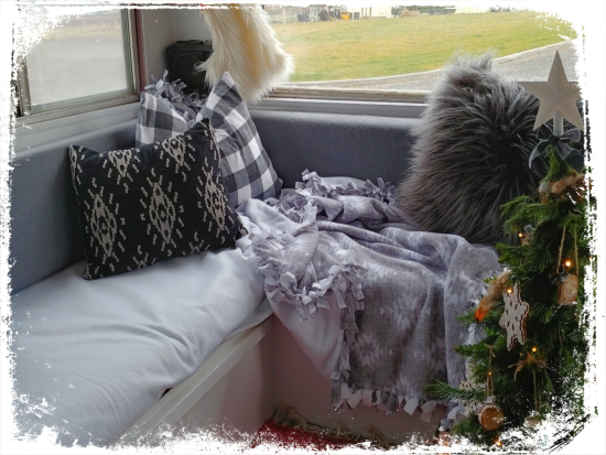 Fleece Blanket DIY
