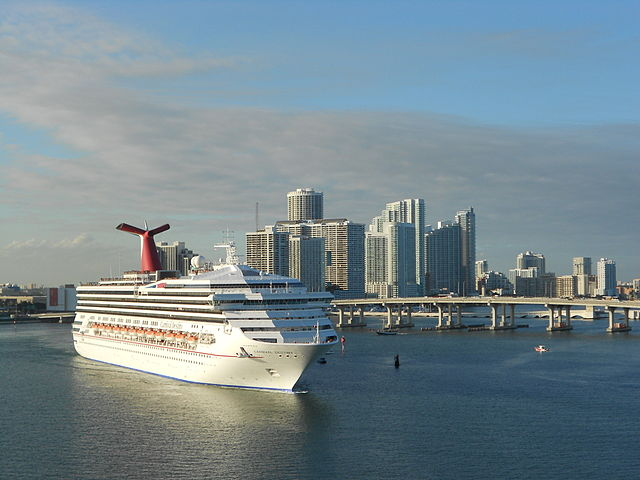 Cruise ship arrives into Miami, Florida