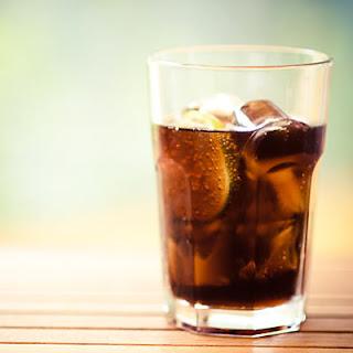 3 Alasan Minuman Bersoda Memiliki Efek Buruk Bagi Kesehatan