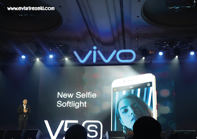 Vivo V5s Untuk Kesempurnaan Swafoto dan Grupfotomu