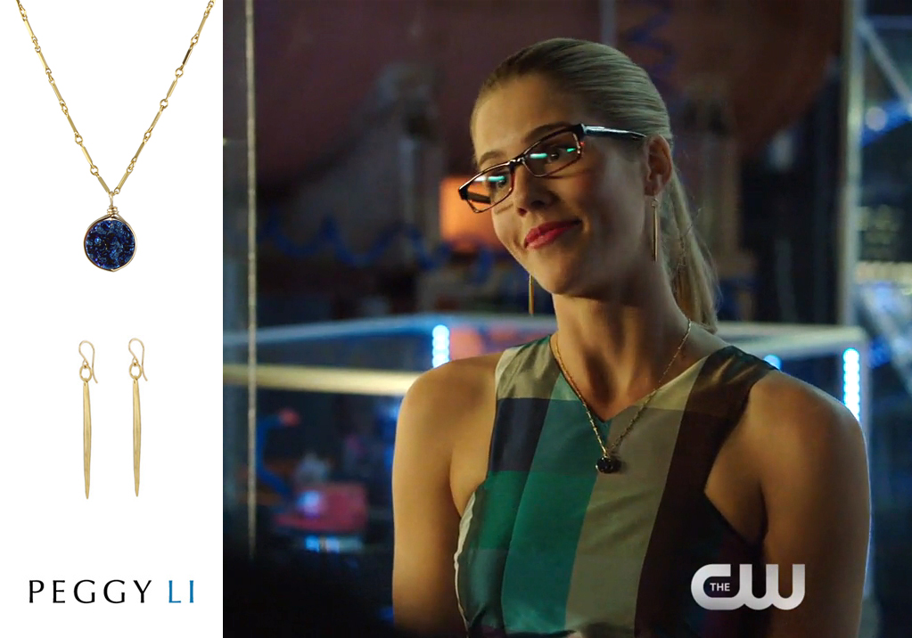 Felicity Smoak Jewelry on Arrow