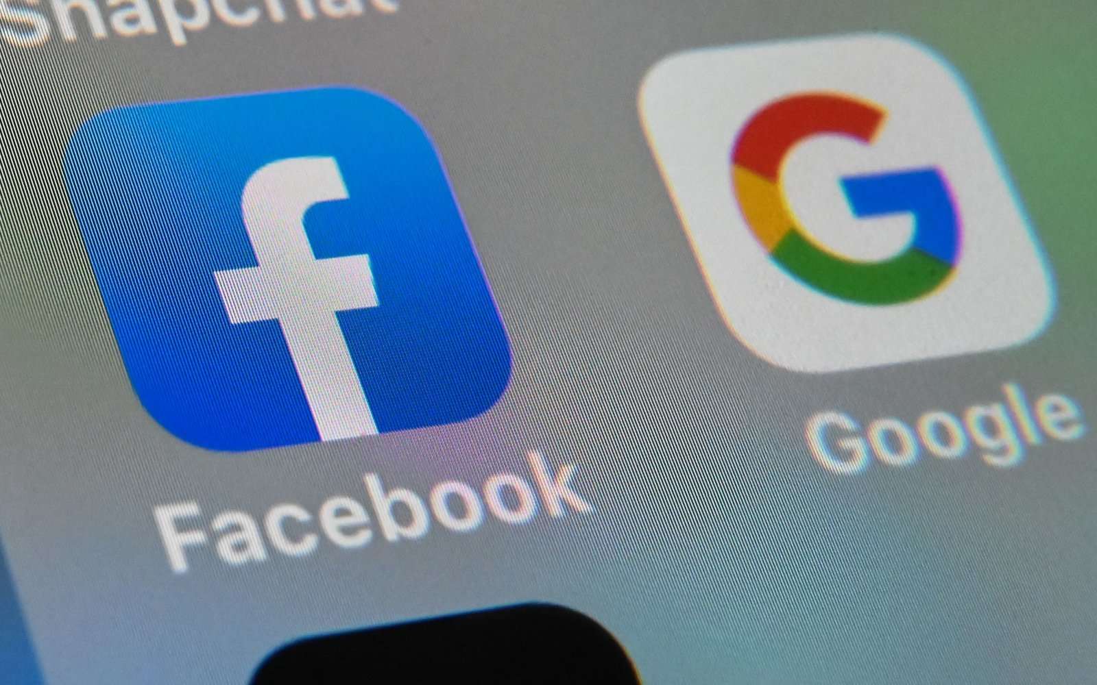 How to Transfer Photos From Facebook to Google Photos using this new tool