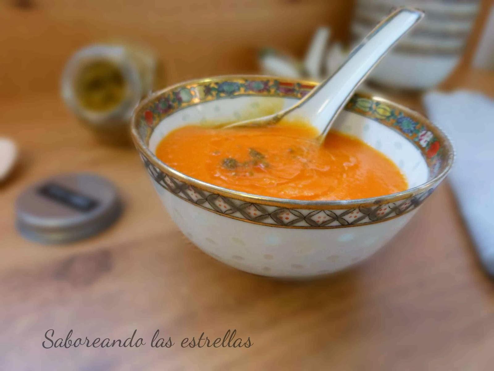 Sopa de zanahoria con naranja