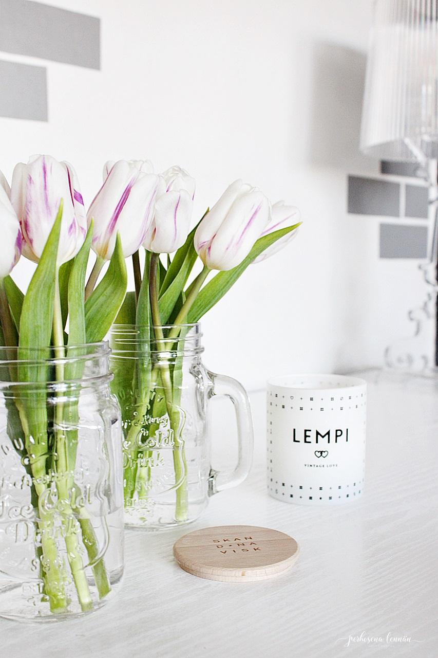 Skandinavisk lempi candle tulips