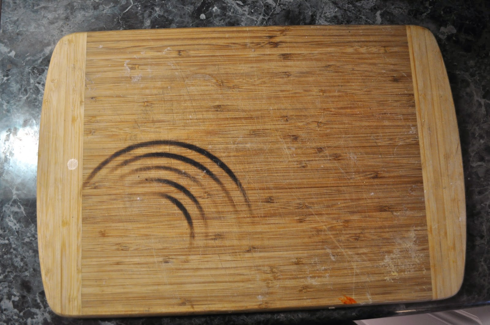 How To Remove Oil Stains From Wooden Cutting Board