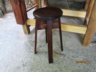Zancudo o banquito de madera