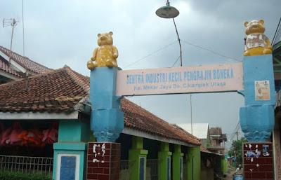 Berkunjung di Sentra Kerajinan Boneka Cikampek Karawang