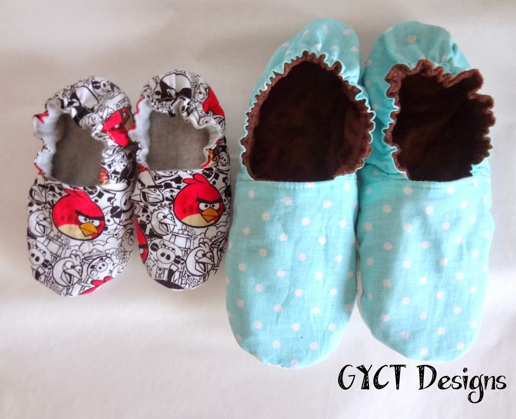 Peekaboo Comfy Cozy Slippers by GYCT