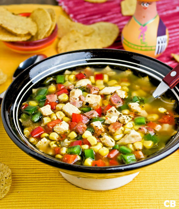 Recept Kruidige Mexicaanse kippensoep met heel veel verse groenten