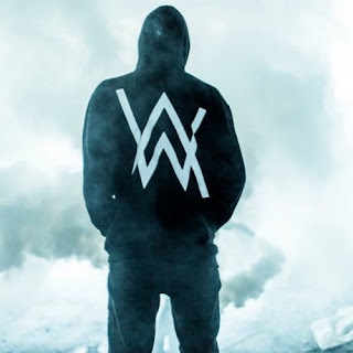 Lyric : Alan Walker feat. Noonie Bao - Alone