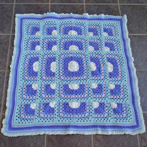 Puzzle Blocks Baby Blanket - Free Pattern