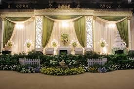 foto dekorasi pernikahan murah tapi mewah