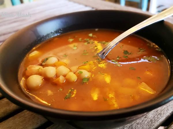 Мароканска супа с нахут