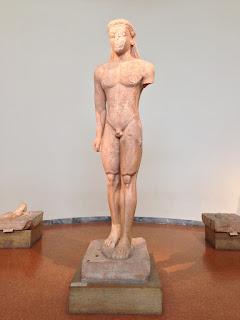 Η περιπέτεια του Κούρου στον ναό του Ποσειδώνα