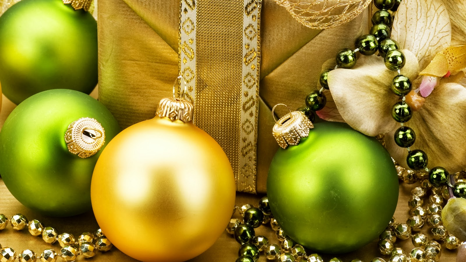 Fondos Verdes De Navidad Para Pantalla Hd 2 Hd Wallpapers: Imagenes Y Wallpapers: Fondo De Pantalla Navidad Bolas