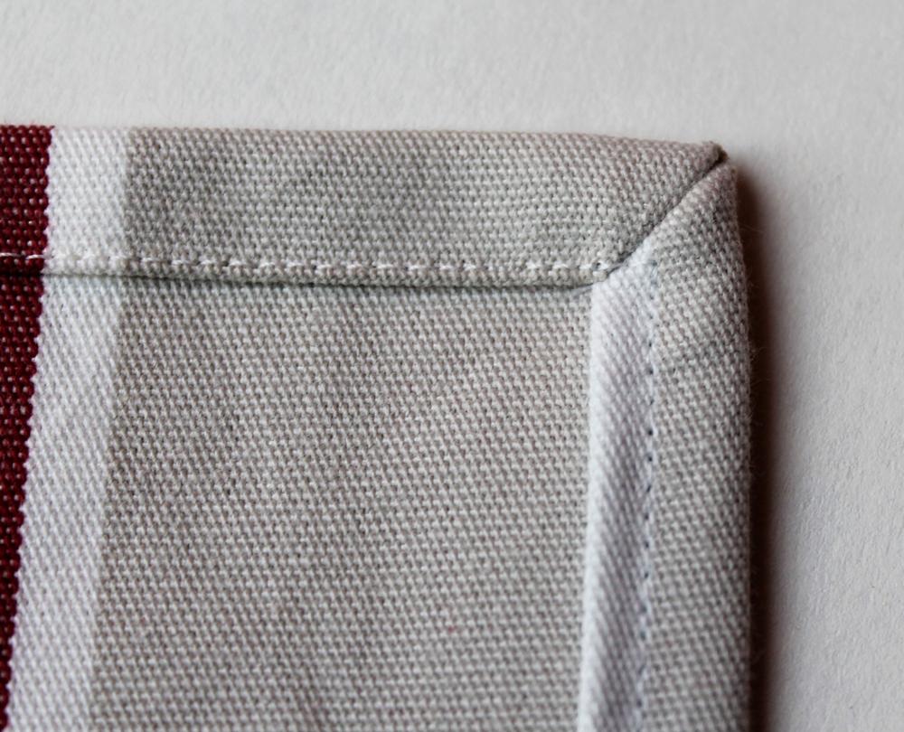 grimmskram servietten mit ruckzuck briefecken tutorial. Black Bedroom Furniture Sets. Home Design Ideas