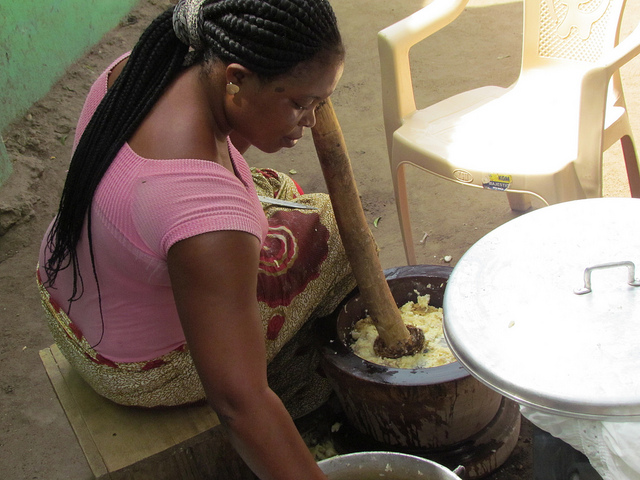 Making fufu