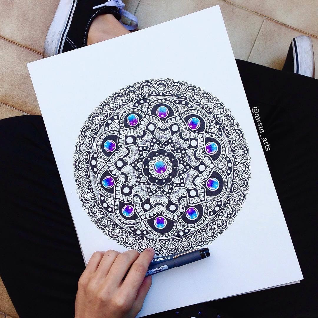 05-Precious-Stones-Moleskine-Mandalas-Drawings-and-More-www-designstack-co