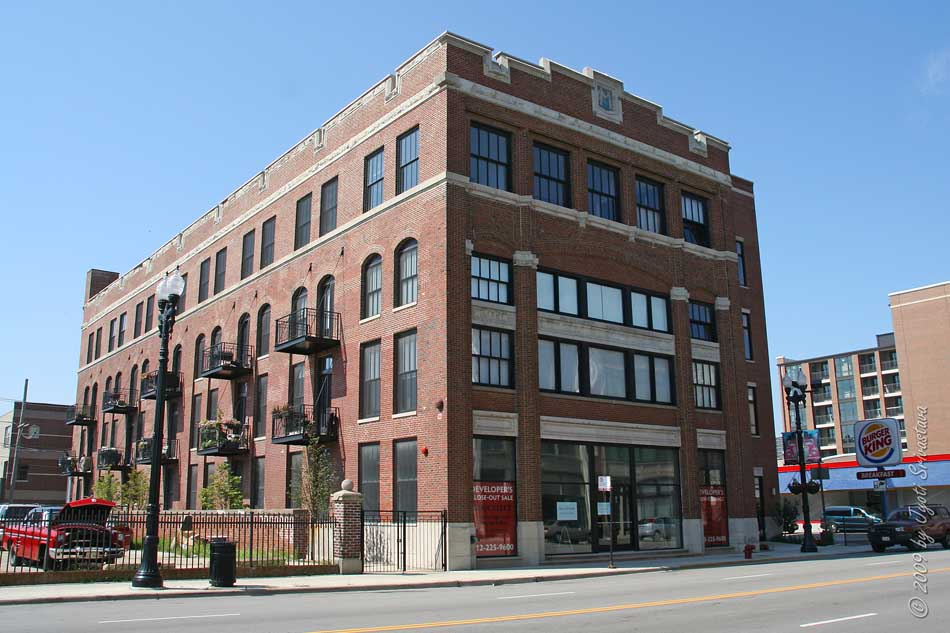 The Residential Conversion Of These Historic Buildings Is Designed By Chicago Architecture Firm Bauhs Dring Seglin