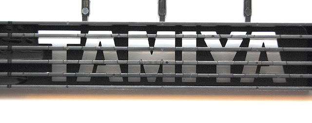 Tamiya TXT-1 battery hold down strap