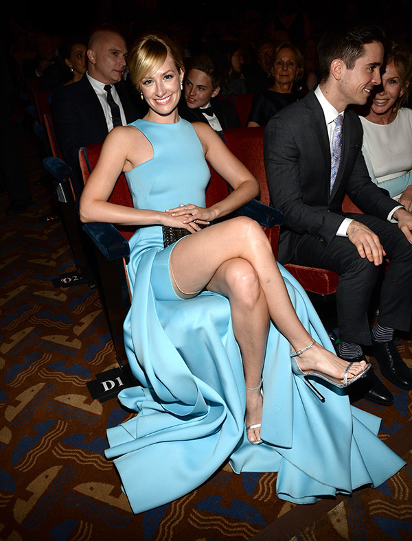 Beth Behrs suffers wardrobe malfunction at the 2015 Tony Awards in New York