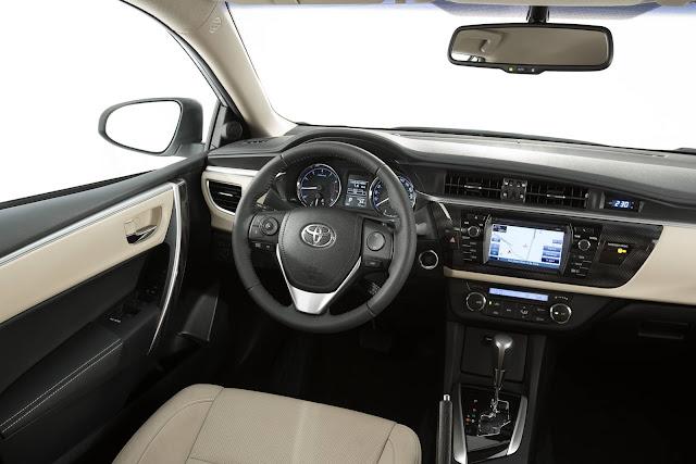 Toyota Corolla Altis 2017 - interior