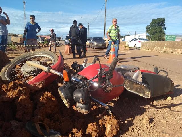 Suspeitos em fuga atropelam motociclistas e caem em ribanceira na BR-364