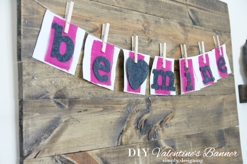 Be Mine Valentine's Day Banner | #banner #diy #crafts #valentinesday #burlap