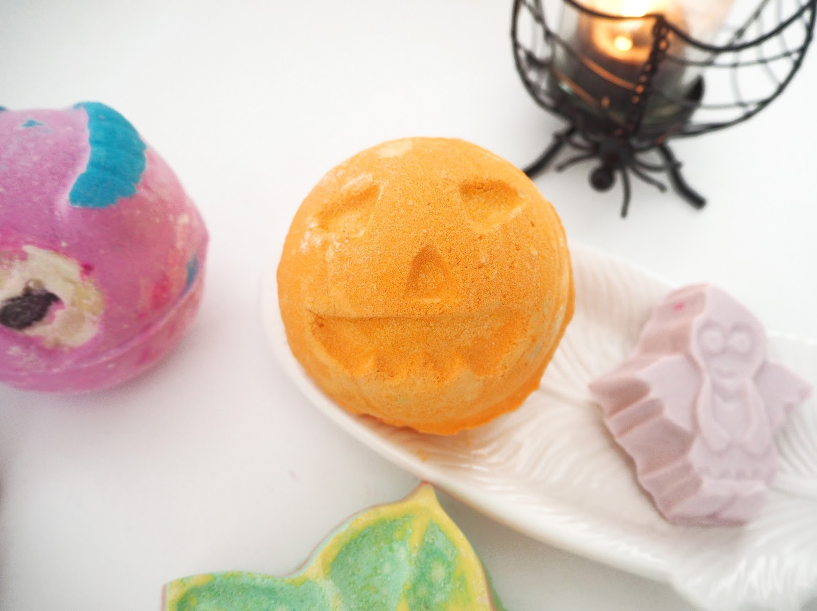 Lush Halloween Collection 2016, Katie Kirk Loves, Pumpkin Bath Bomb, Beauty Blogger, Bath Products, Lush UK